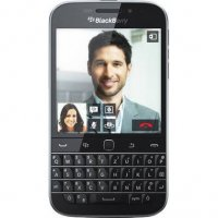BlackBerry Classic Smartphone 16 GB - Black - GSM